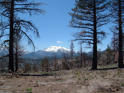 Hiking in Mammoth Lakes.