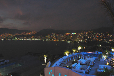 Dinner at the Linda Vista restaurant in Acapulco.
