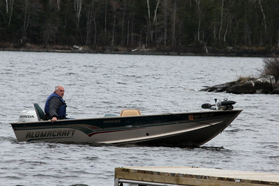 May 18, 2013 - (Rainy Lake [causeway boat dock] / Fort Francis, Rainy River County, Ontario) -- Wayne arriving to bring us to the cabin