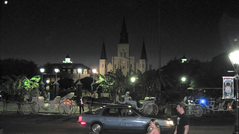 June 24, 2011 (New Orleans [Decatur Street / Jackson Square] / Orleans Parish, Louisiana) - St Louis Cathedral and tourist horse carriages