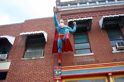 Superman flying high in Metropolis IL ( 2012 )
