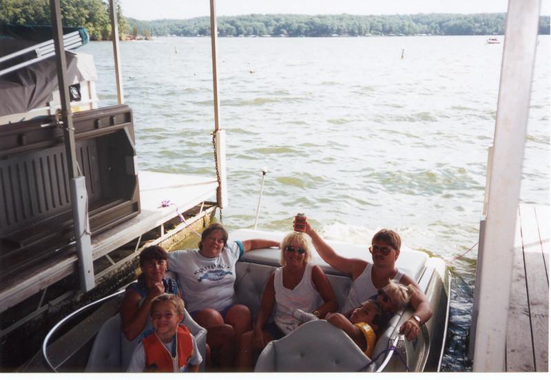 Alex, Lori, Fran, Angie, Larry, Nicole & Cory  ( 1995 )