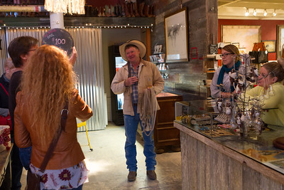 When we showed an interest in Cowgirl Winery, Cowboy Pete gave us a ride over there.  Aussie Rob was already holding court.