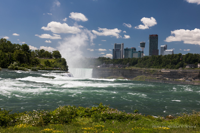 The top of the American side with the Horseshoe falls behind.