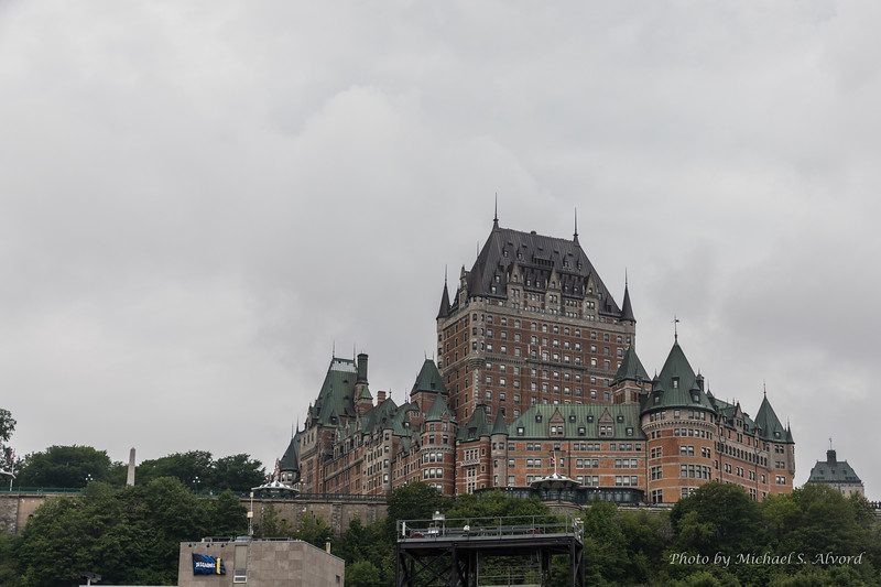 A better look at the hotel and the wall that surrounds it.