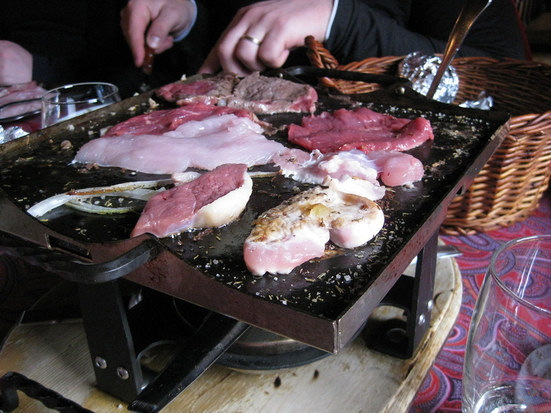 stone grilling, Swiss style (no stone)