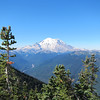 Mt Rainier, all 14,410 feet of it. Yes it was that clear all day long but we found out later that Seattle was fogged in