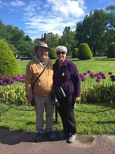 David and MaryAnne @ Boston Commons
