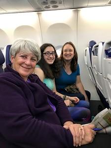 MaryAnne, Grace, & Cristen Departing on SWA @ Lambert Field [STL]