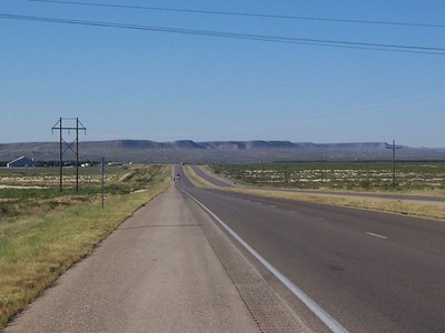 Day 2 - an example of the wide open spaces in NM. This was taken along Hwy 285 between Carlsbad and Artesia.