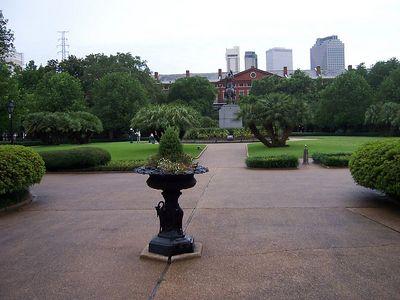 And a stroll through the park....ahhhhhh.