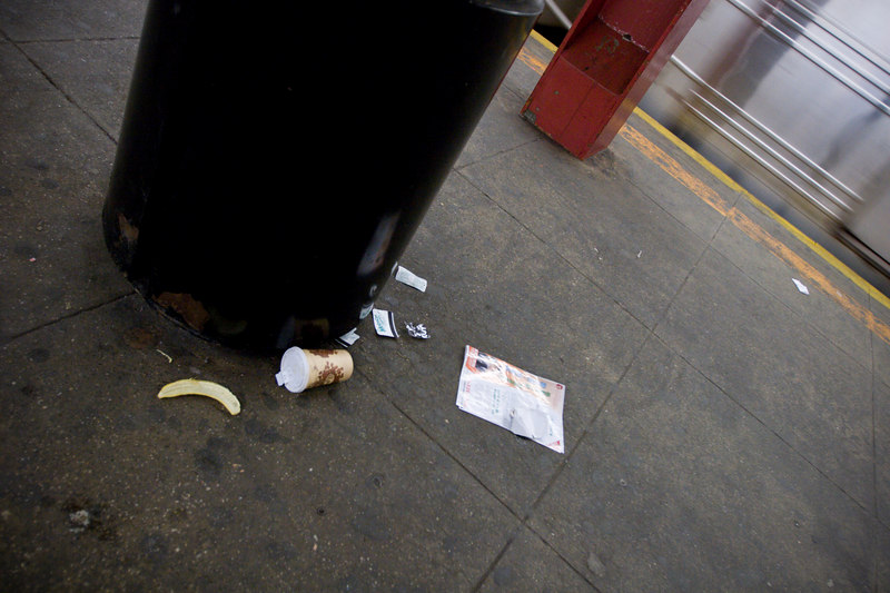 Subway Trash-can