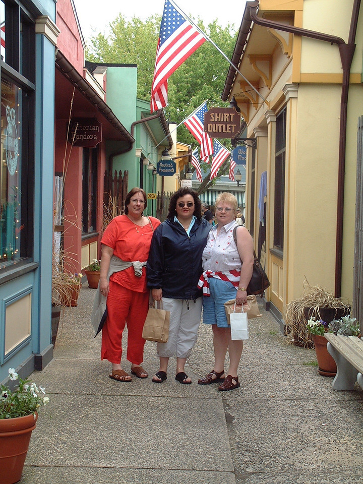 Cape May, New Jersey<br /> Laurie, Yolanda & Pam