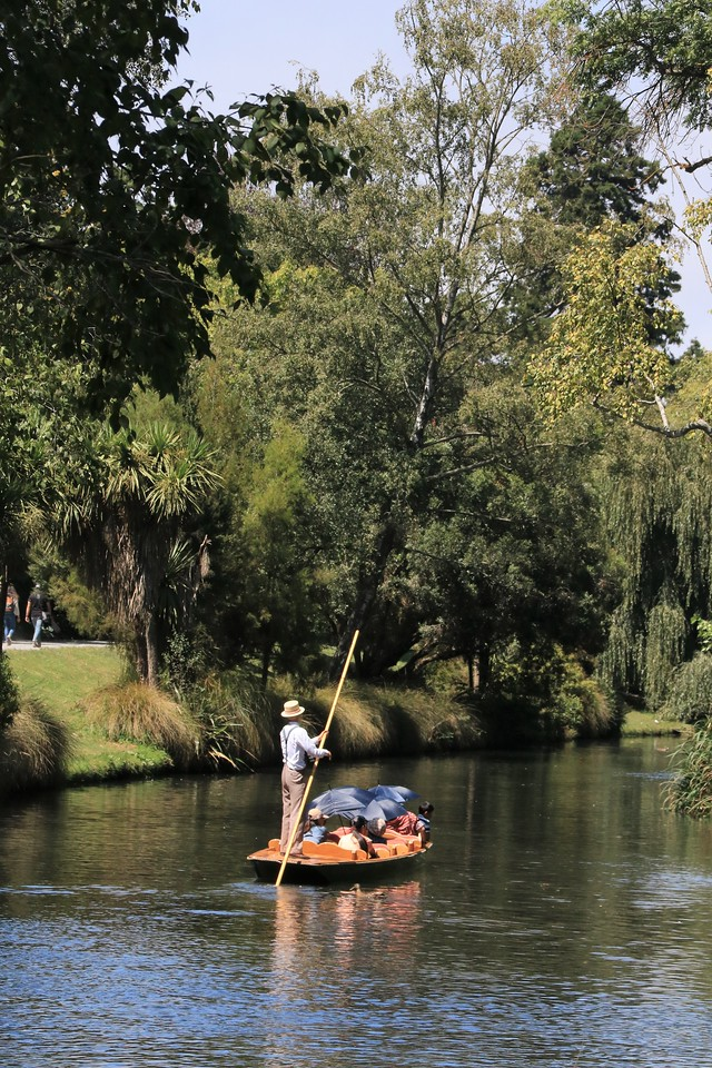 Punting on the Avon.