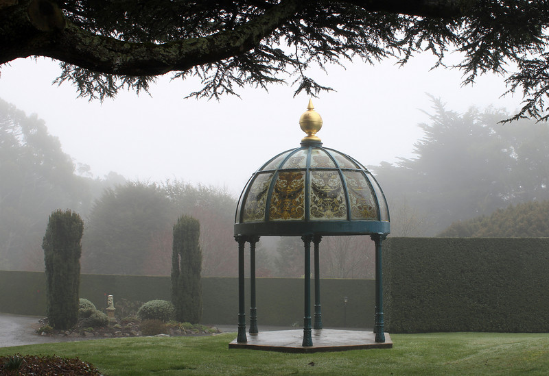 Day 3: Monday, 30 August 2010 - another shot of the gazebo on the grounds of Larnach Castle.