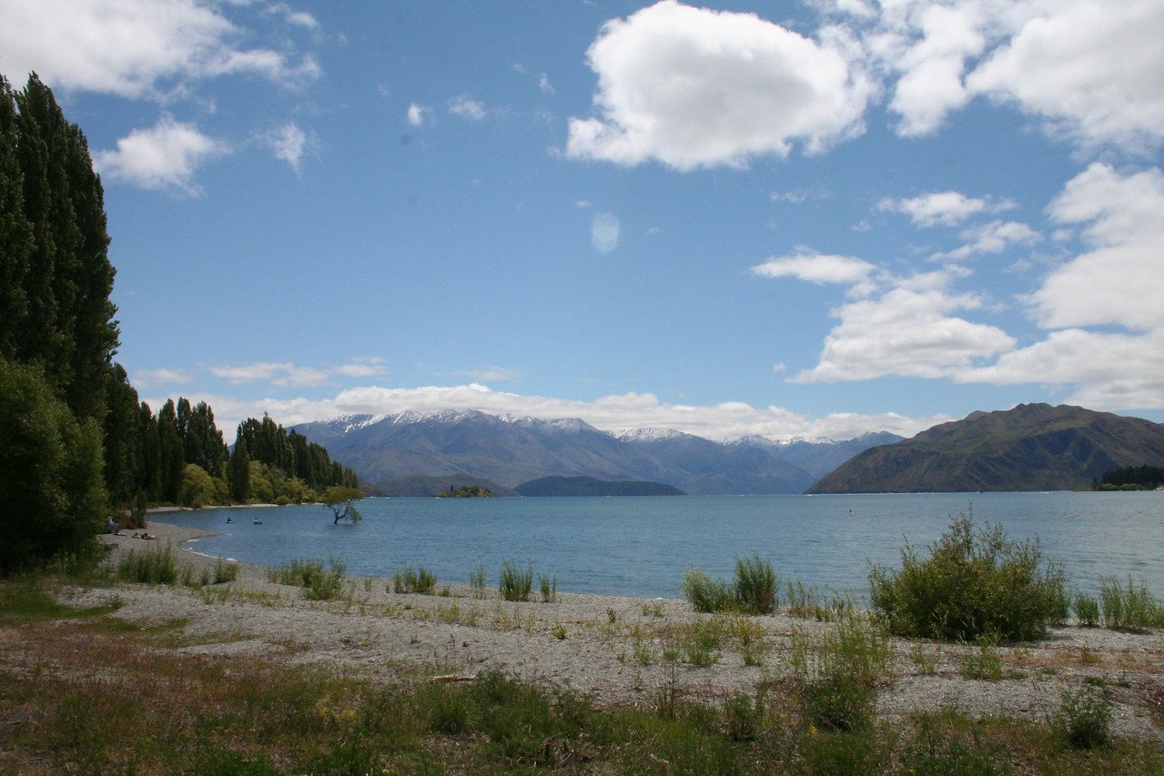 Lake Wanaka...with some tremendous mountains in the background.