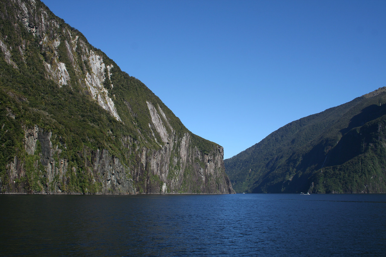 Milrford Sound.