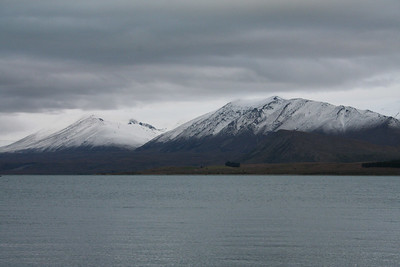 This is the second day for us at Lake Tekapo and as you can see the snow level dropped!