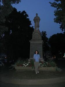 Robin and the Civil War memorial statue in South Hadley, MA.