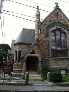 On Sunday morning Jay brought us to the Channing Memorial Church, which was built in 1880 to honor the 100th anniversary of William Ellery Channing, born in Newport in 1870.