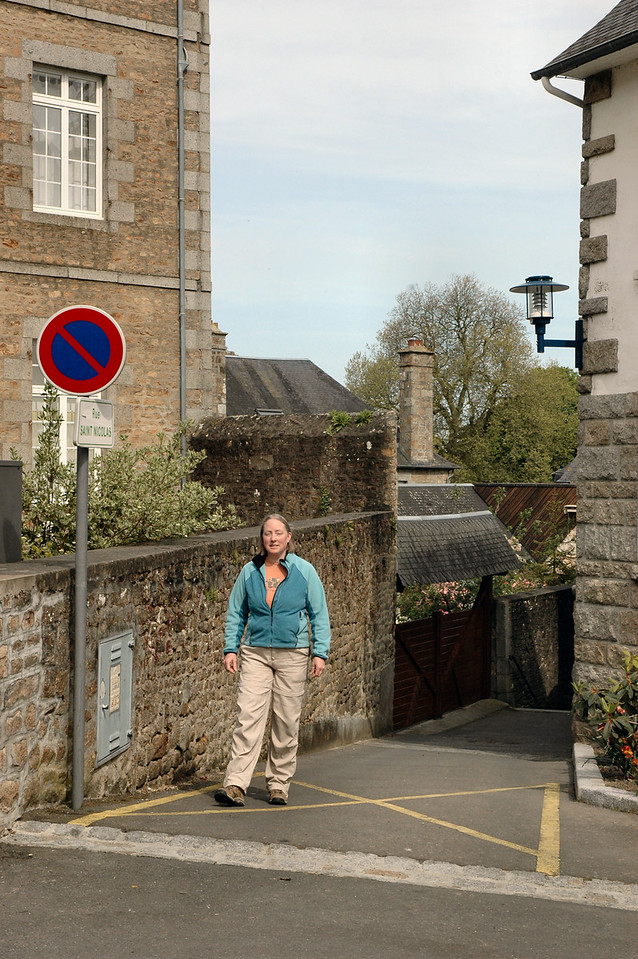 Avranches - Rue Saint Nicholas - in places, barely 4 feet wide, with stairs