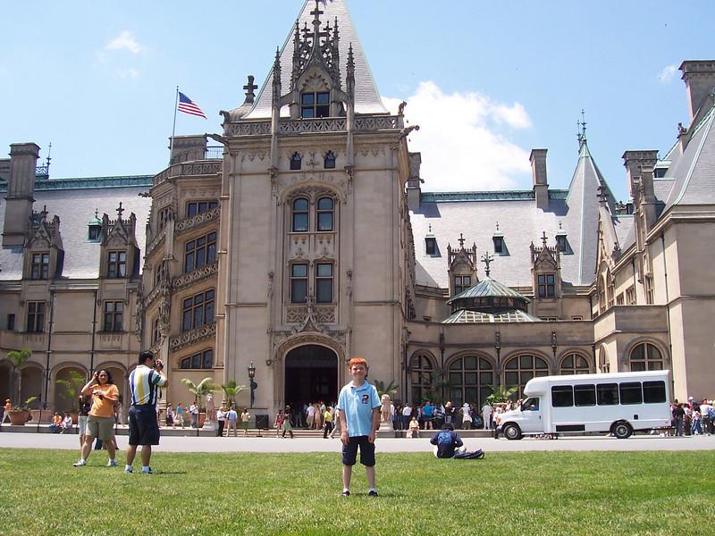 Zach in front of the Vanderbilt Home