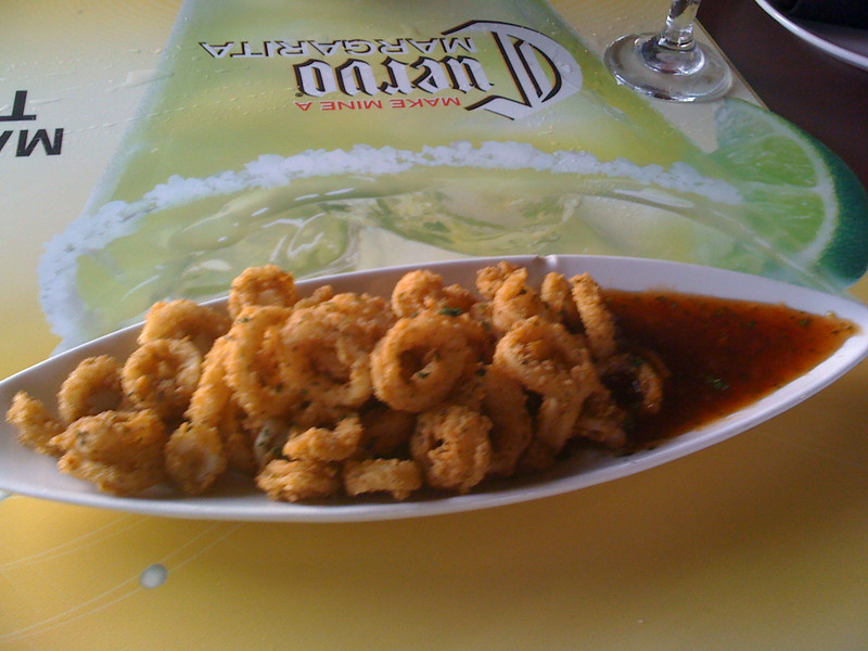 Very yummy calamari w/a Thai Sweet & Spicy sauce.