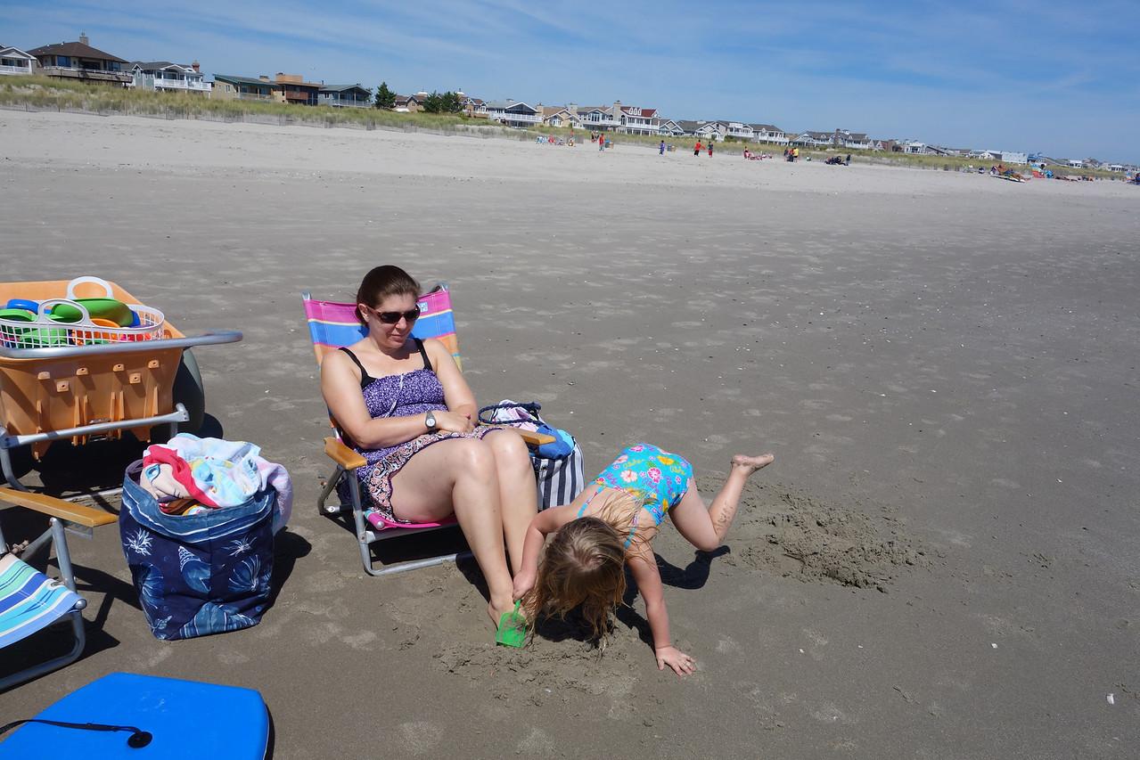 Ilsa and Katrina at the beach