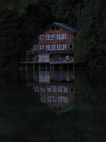 Lodge at 9_30pm