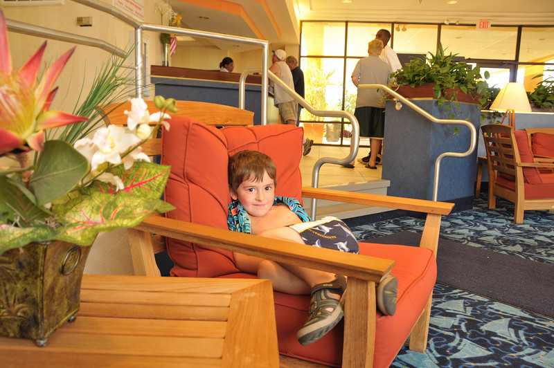 Sitting in the lobby of the Sandcastle Suites at Cedar Point.  Waiting for Mom to get our park passes, so we can head out to the rides.