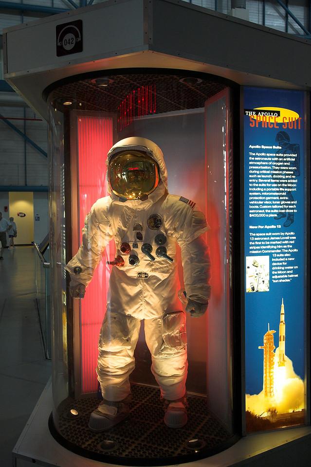Space suit (Apollo era)