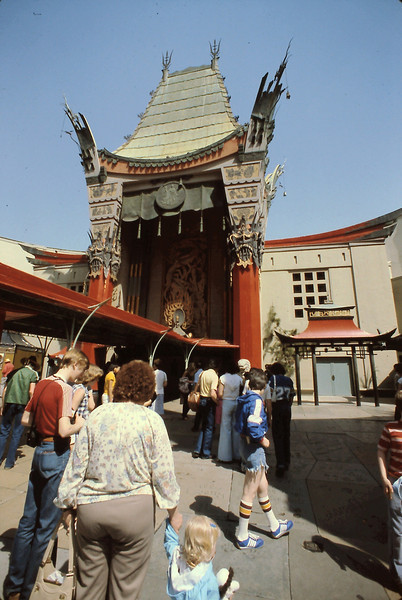 We also visited Mann's Chinese Theatre in Hollywood.  Originally named Graumann's Chinese Theatre, it is the location of many of the famous Hollywood celebrities feet and hand imprints.