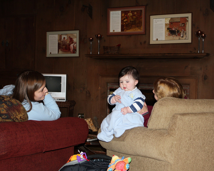 I'm entertaining Aunt Melissa and Grandma