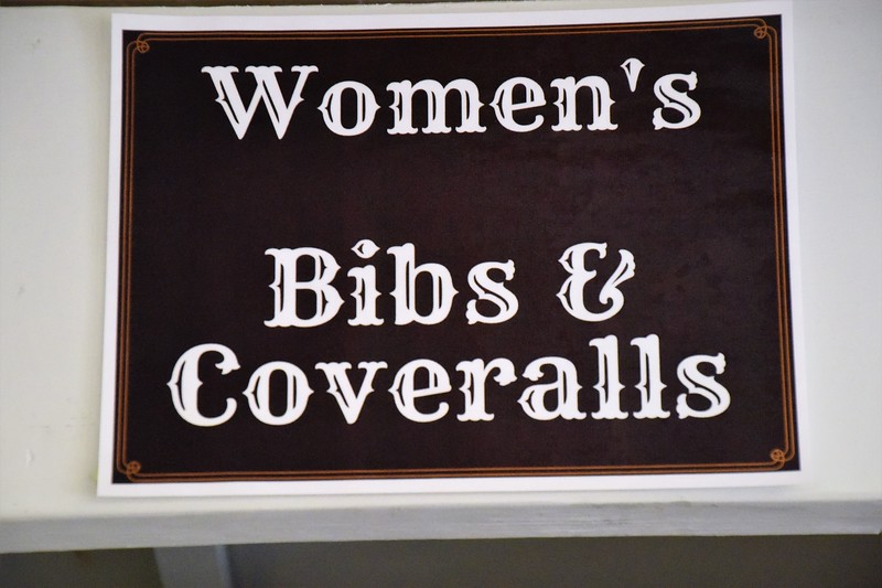 Women in these parts wear Carharts...