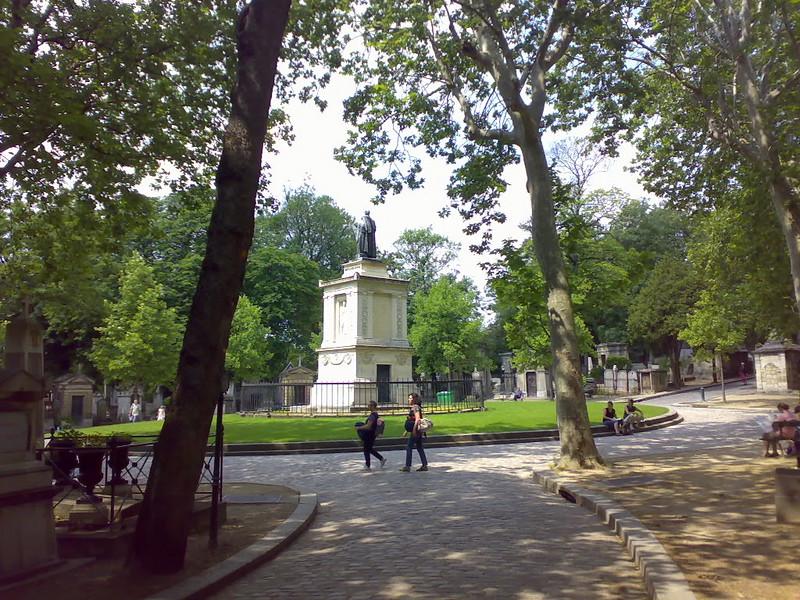 Momument inside the famous Paris cemetery Père Lachaise
