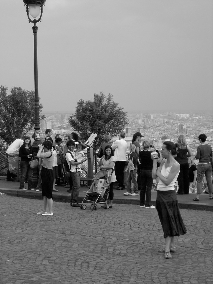 Tourists at Sacre Coeur