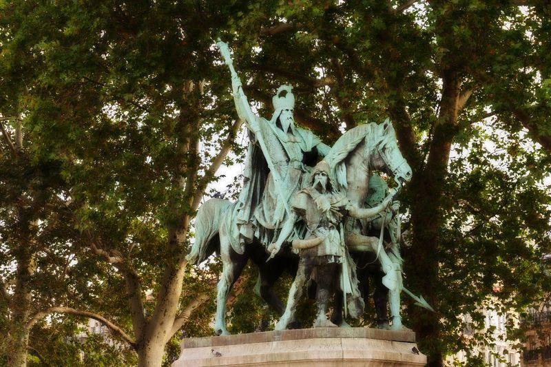 Statue outside Notre Dame Cathedral