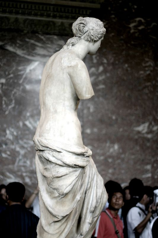Venus di Milo at the Louvre