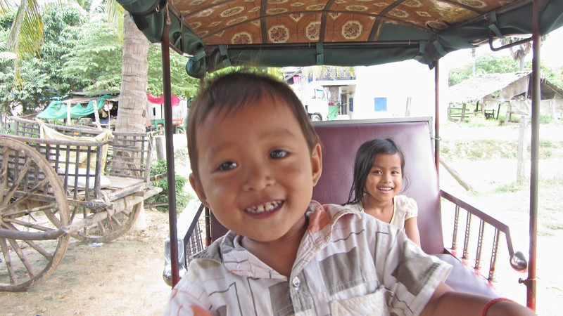 Some of the children of my tuktuk driver.
