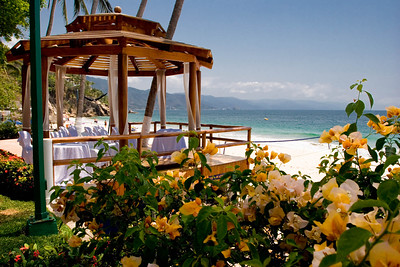 Wedding gazebo, Dreams Vallarta
