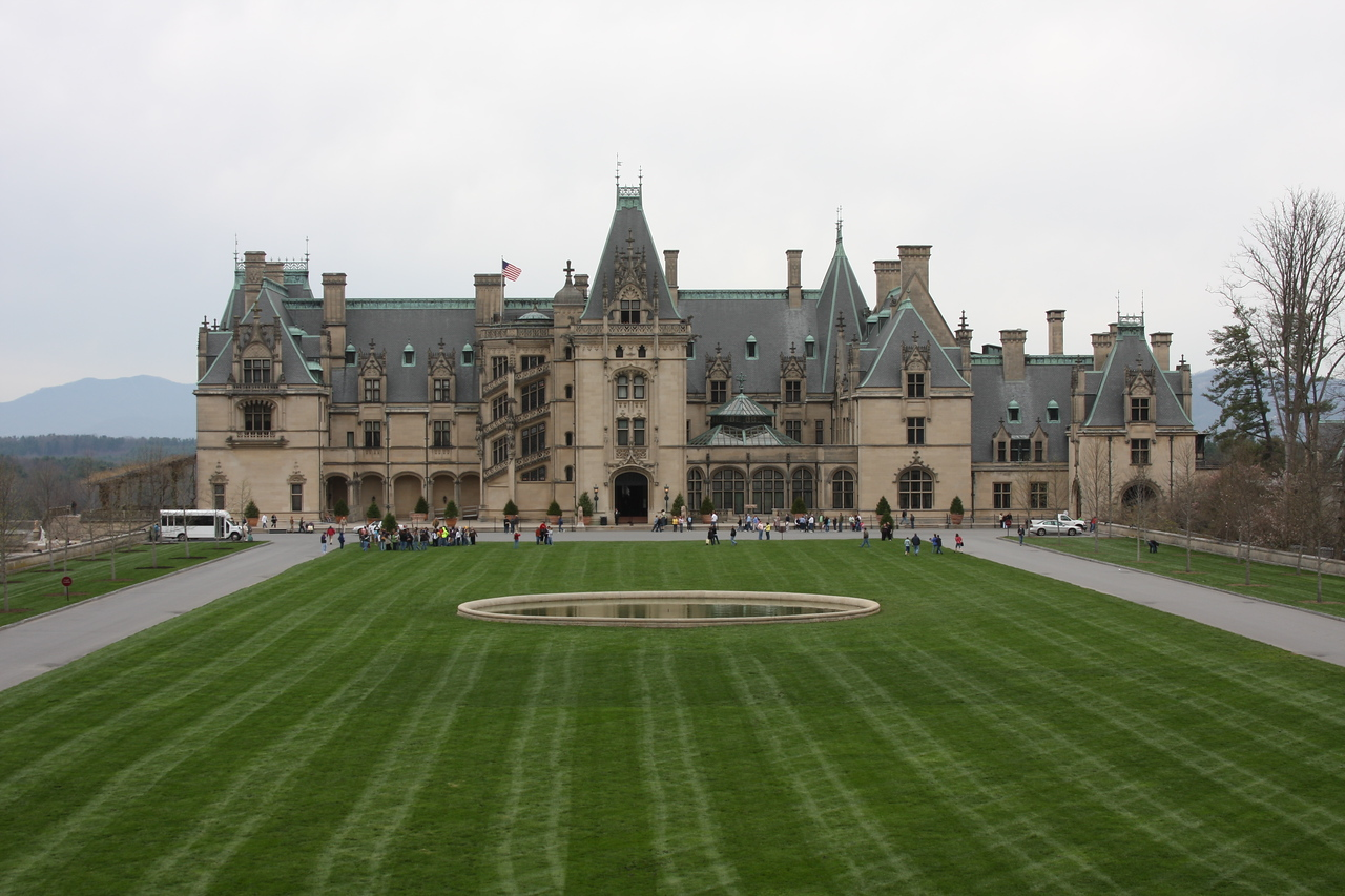The Biltmore, America's largest home. It was an overcast day. Perfect for taking pictures.