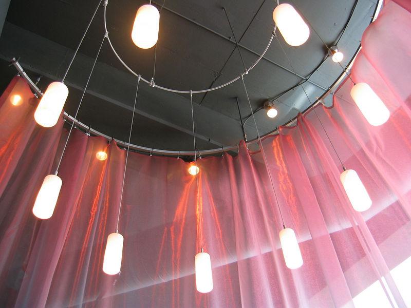 2006-03-01 01-silk-restaurant-01