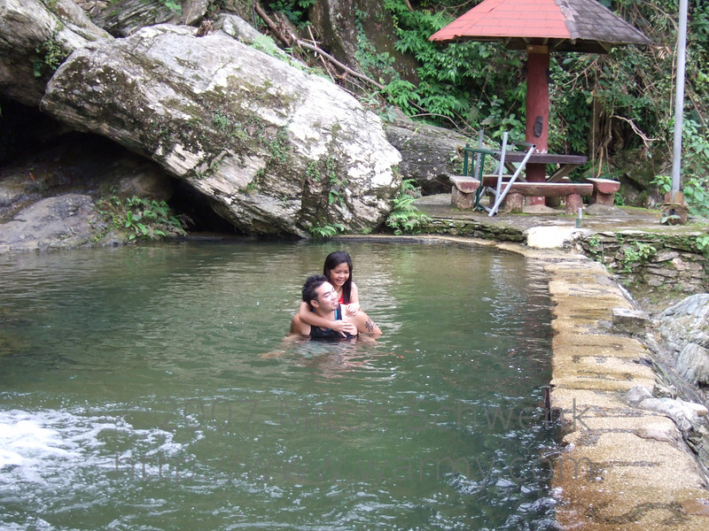 Two people we made friends with at White Beach.  They went to Tamaraw Falls swimming with us.