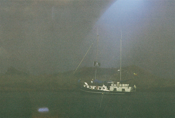Sailboat Life - Galapagos 2006