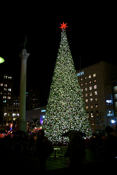 <center>Union Square - San Francisco, CA Dec. 29th 2011</center>