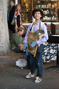 Street performer San Luis Obispo Farmers Market
