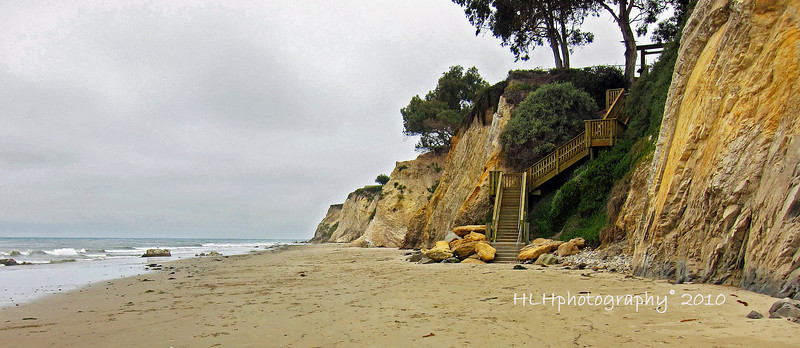The beach and stairs leading up to Shoreline Park
