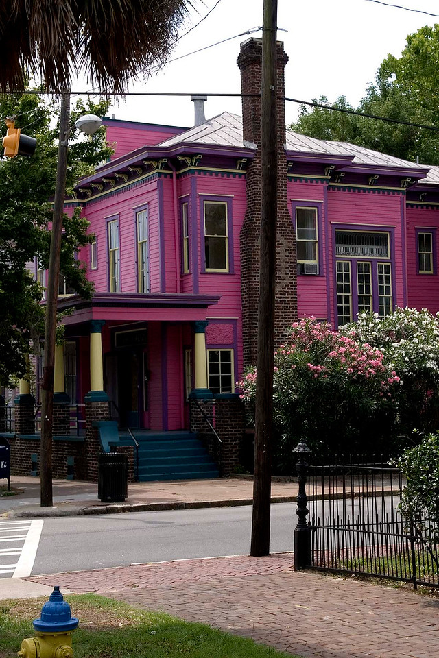 A controversially painted house in the historic district - I like it!