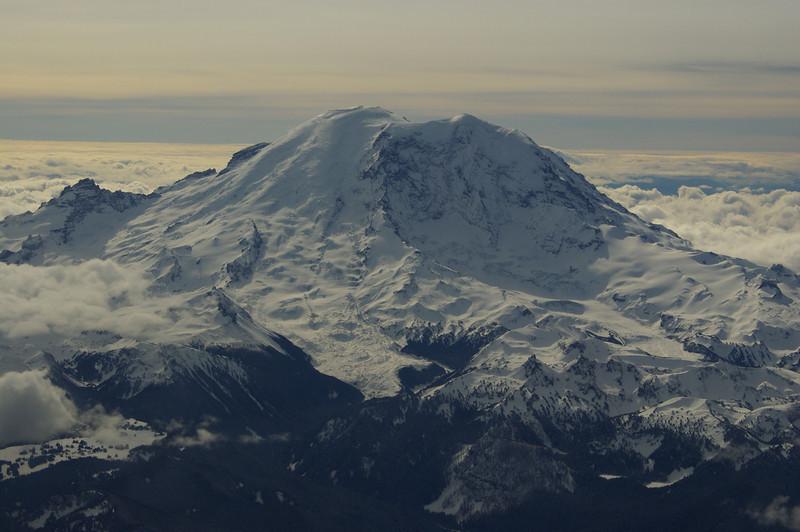 Mt Rainier from the plane window