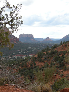 The atmospheric qualities on this day were quite pleasing. The southern portion of the city of Sedona is in the middle distance.